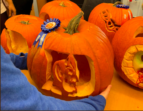 Carved pumpkin contest (2018)
